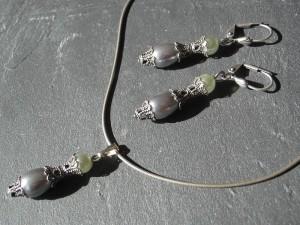 Graugrünes Perlen Set