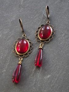 Red Baroness Ohrringe
