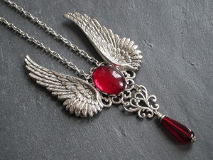 Blood Red Gothic Angel Kette