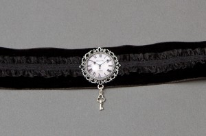 Time Lady Halsband