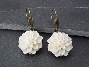 White Flower Ohrringe