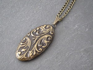 Romantisches Bronzemedaillon