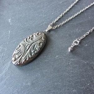 Romantisches Silbermedaillon