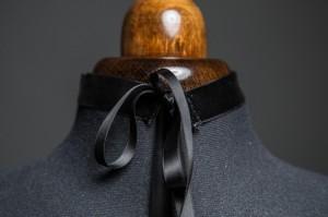 Schwarzes Gemmen Halsband