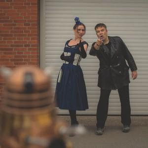 9. Doktor und TARDIS entdecken einen Dalek