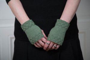 Short Wrist Warmers